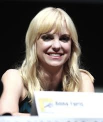 Anna Faris' husband French plaits her hair to prevent hair loss