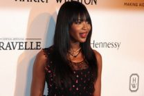 Naomi Campbell speaks out about hair loss